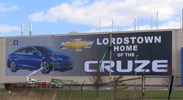 2017 Chevy Cruze >> UAW reacts to news of more down time at GM Lordstown Complex - WFMJ.com News weather sports for ...