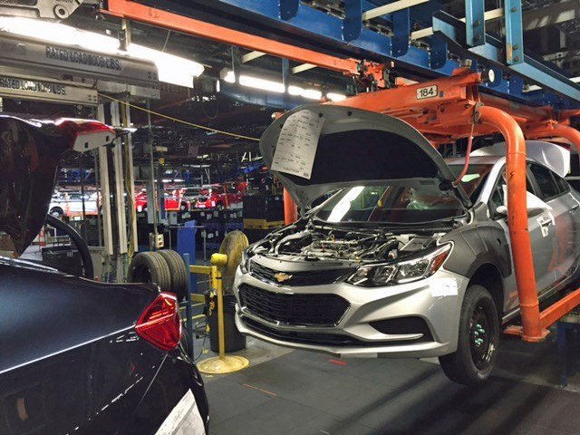 GM laying off over 2000 at 2 car plants as sales slow