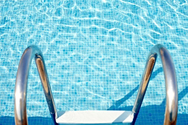 Boy 8 Drowns In Pool At Pennsylvania Amusement Park News Weather Sports For