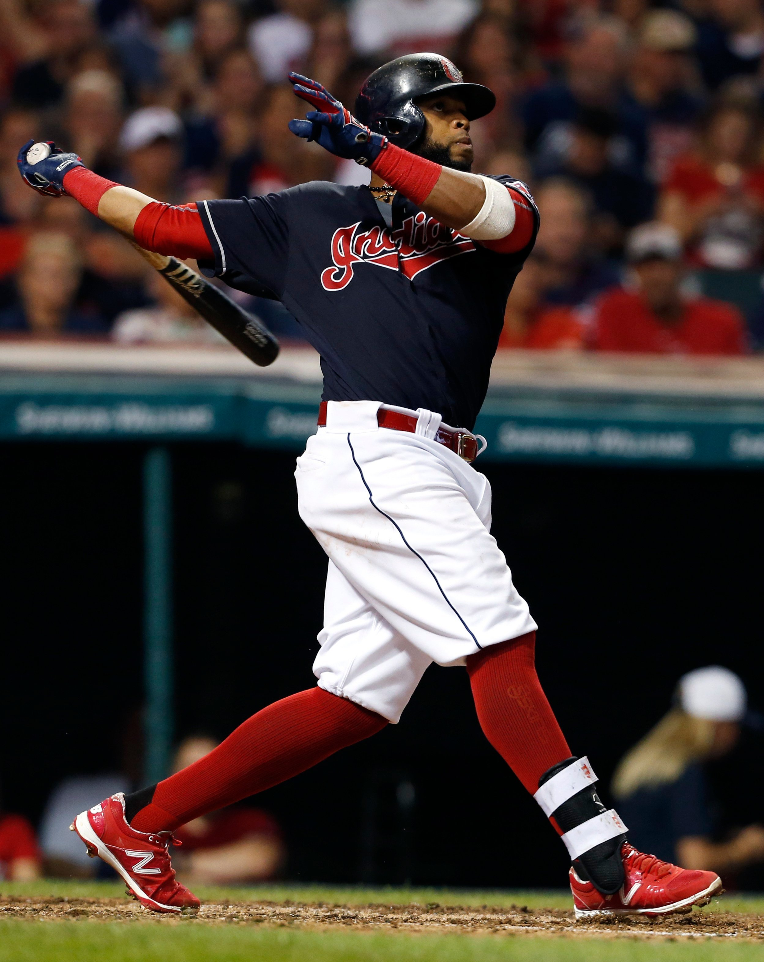 Indians move closer to AL Central crown