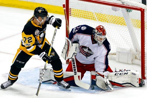 Penguins power past slumping Blue Jackets, 4-1 class=