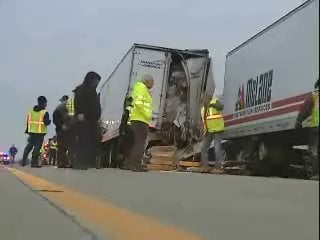 UPDATED: Fatal traffic accident shuts down Rt  76 - WFMJ com News