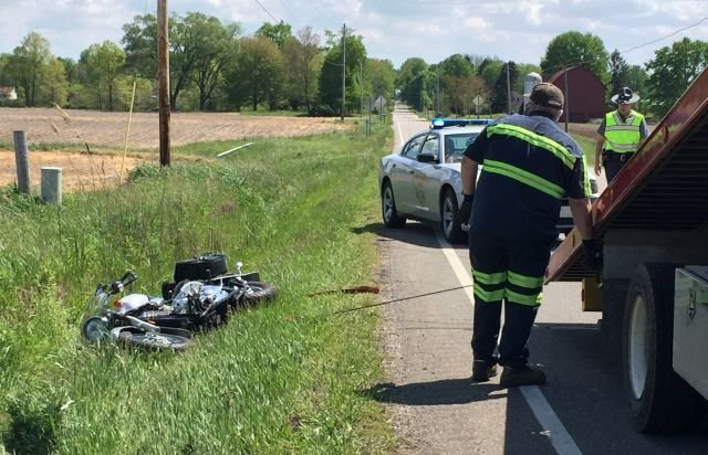 Two Hurt In North Bloomfield Motorcycle Crash