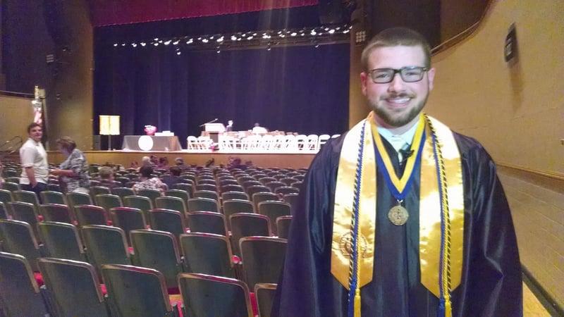 Mathews grad earns bachelor's degree at 18 - WFMJ com News