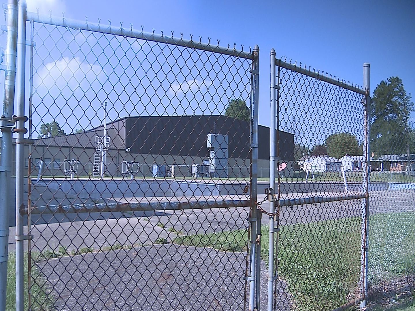 Community Group Pushes For Niles Swimming Pool To Open News Weather Sports For