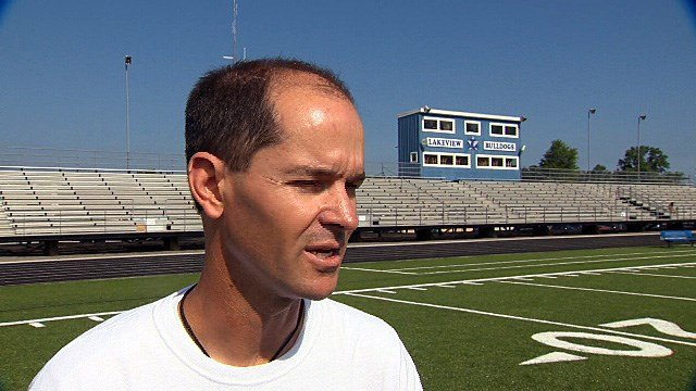 muscle connection h s  football preview  lakeview bulldogs