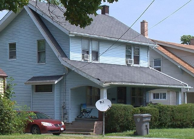 Feds say this house at 340 E. Ravenwood was used to store drugs