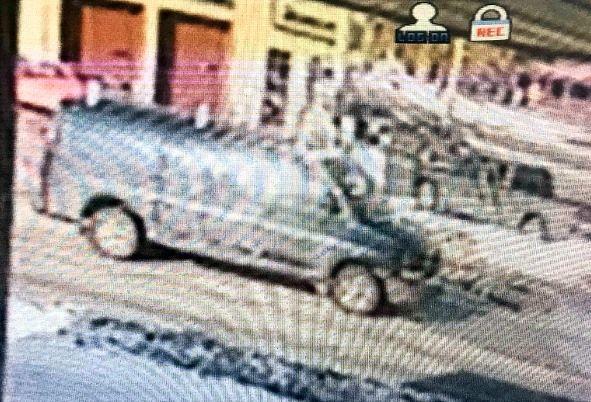 Surveillance Image of van seen near DQ
