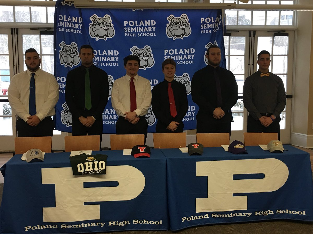 Six Poland Bulldog football players sign National Letters of Intent. Nick Sabrin, Dante Rouzzo, Jonah Spencer, Mike Diaz, Drew Davies & Cole Lavorini