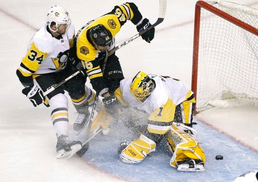 Penguins fall in dramatic fashion to Boston Bruins, 8-4