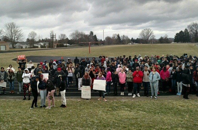 Hundreds take part in school walkout in Wyoming
