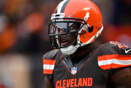 Josh Gordon signed to exclusive rights free agent contract