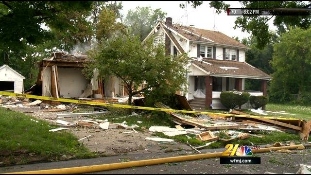 Natural gas suspected in Youngstown House explosion - WFMJ ...