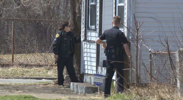 Man hospitalized after shooting on Youngstown's east side ...