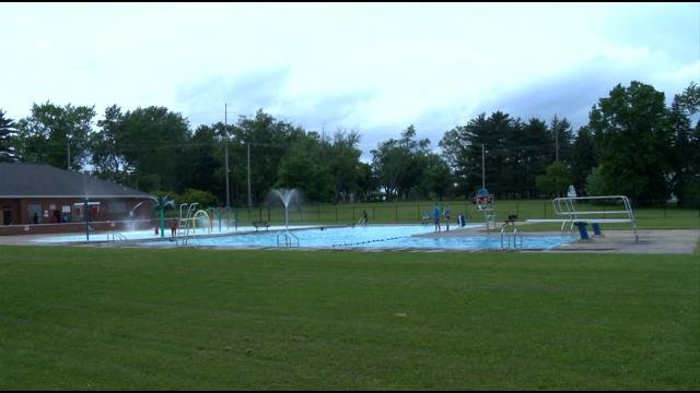 Northside Pool Opens In Youngstown News Weather Sports For Youngstown Warren Ohio