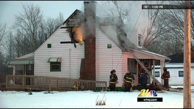 Crews battle blaze on Youngstown's east side - WFMJ.com ...