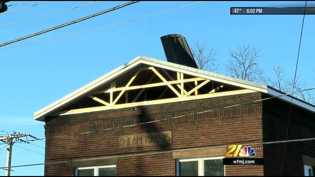 Roofing Contractor Shocked On The Job In Struthers Wfmj