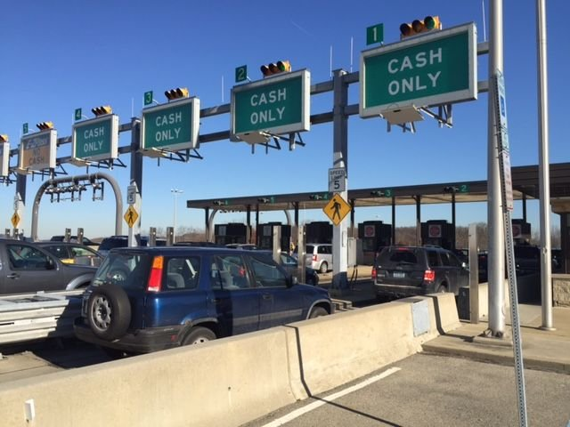 Turnpike starts removing E-ZPass traffic lights per federal guidelines