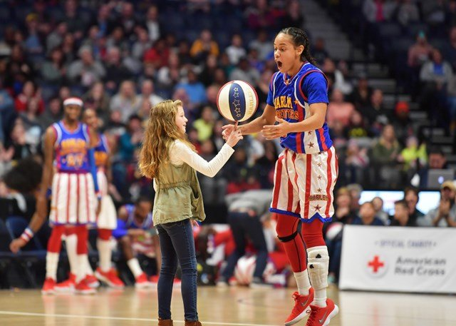 Hoops Green - Photo Courtesy Harlem Globetrotters