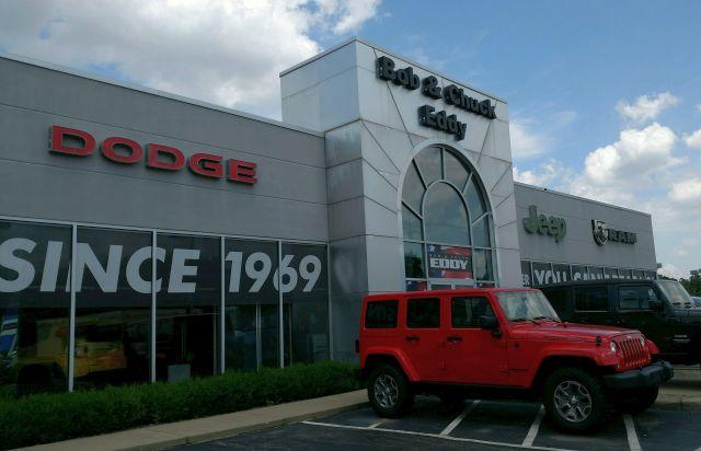 Bob And Chuck Eddy >> Pa Car Dealer Buys Austintown S Bob Eddy Dealership Wfmj Com News